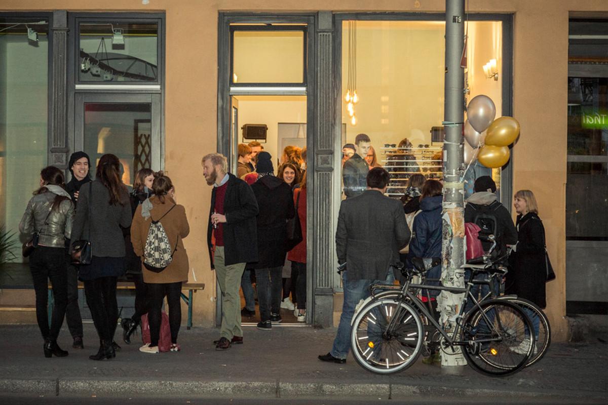 archibald_optics_pop_up_store_party1